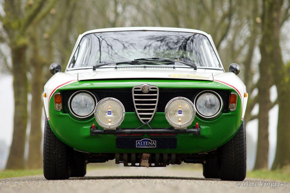 Alfa Romeo Giulia GT Veloce, 1966 ...
