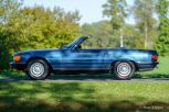 Mercedes-Benz-380-sl-1982-R-107-blue-metallic-02b.jpg