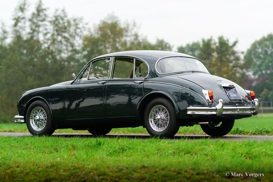 additionally Imgp further Dsc as well S in addition Forest. on 2000 jaguar s type green
