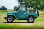 Toyota-land-cruiser-bj40-green-02.jpg