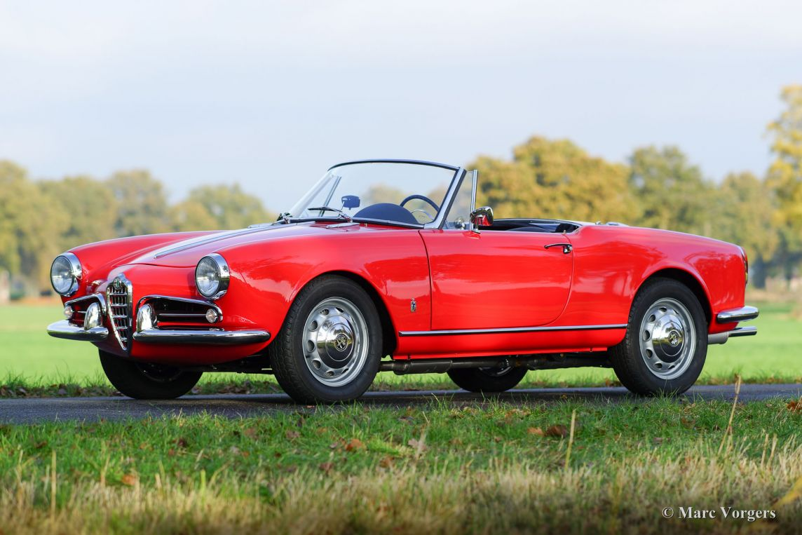 alfa romeo giulietta spider 1961 welcome to classicargarage. Black Bedroom Furniture Sets. Home Design Ideas
