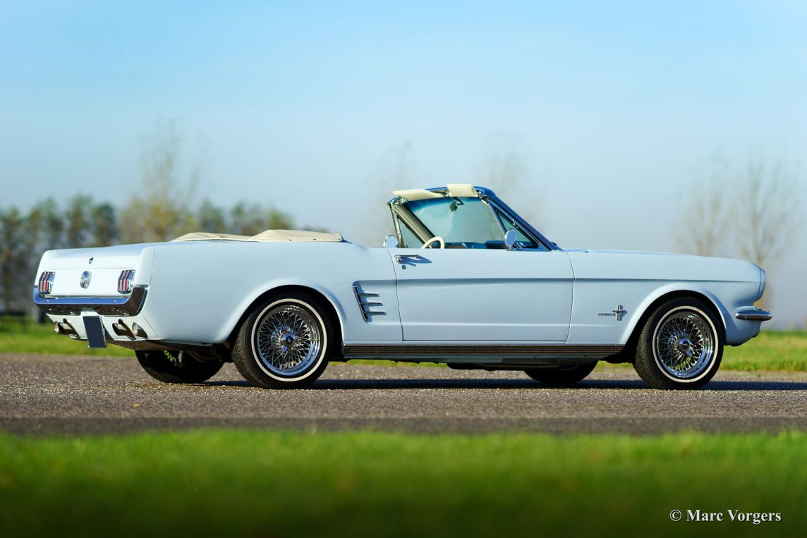 ford mustang convertible 1966 welcome to classicargarage. Black Bedroom Furniture Sets. Home Design Ideas