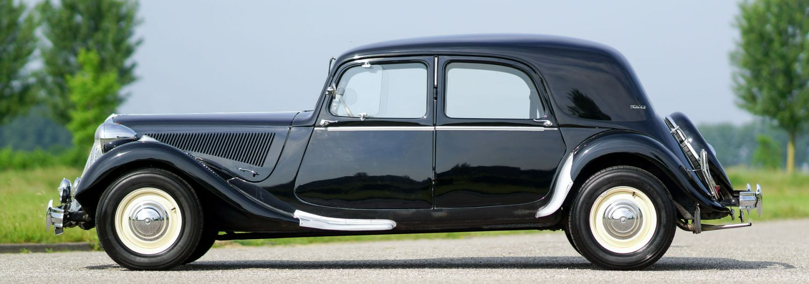 Citro n 15 six traction avant 1951 welcome to for Garage auto b2