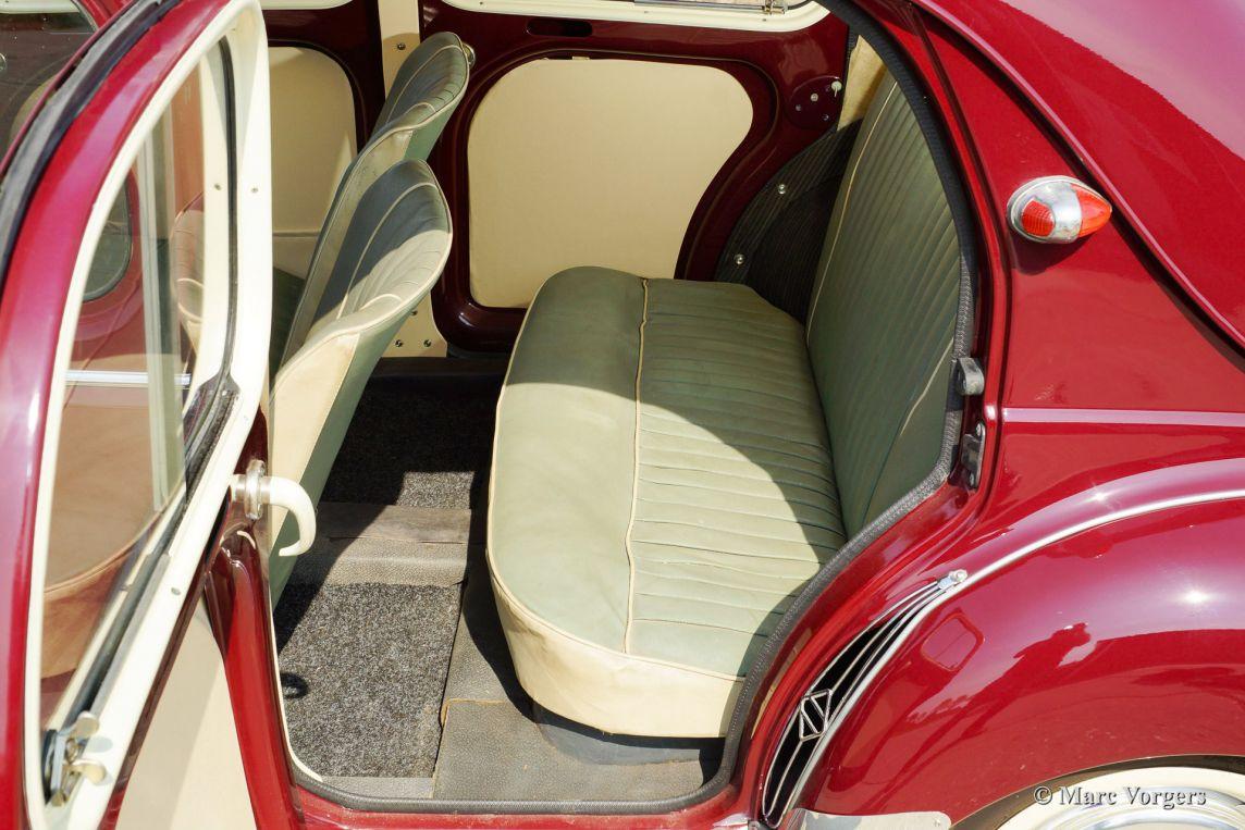 Renault 4 cv 1958 classicargarage de for Garage renault garche 57