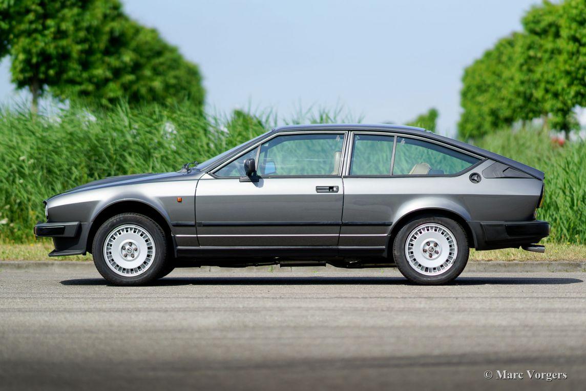 Alfa Romeo Alfetta Gtv Litre Grigio Nube C C