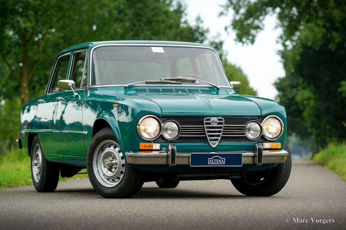 Alfa Romeo Giulia Lusso Pino Verde A Dcc