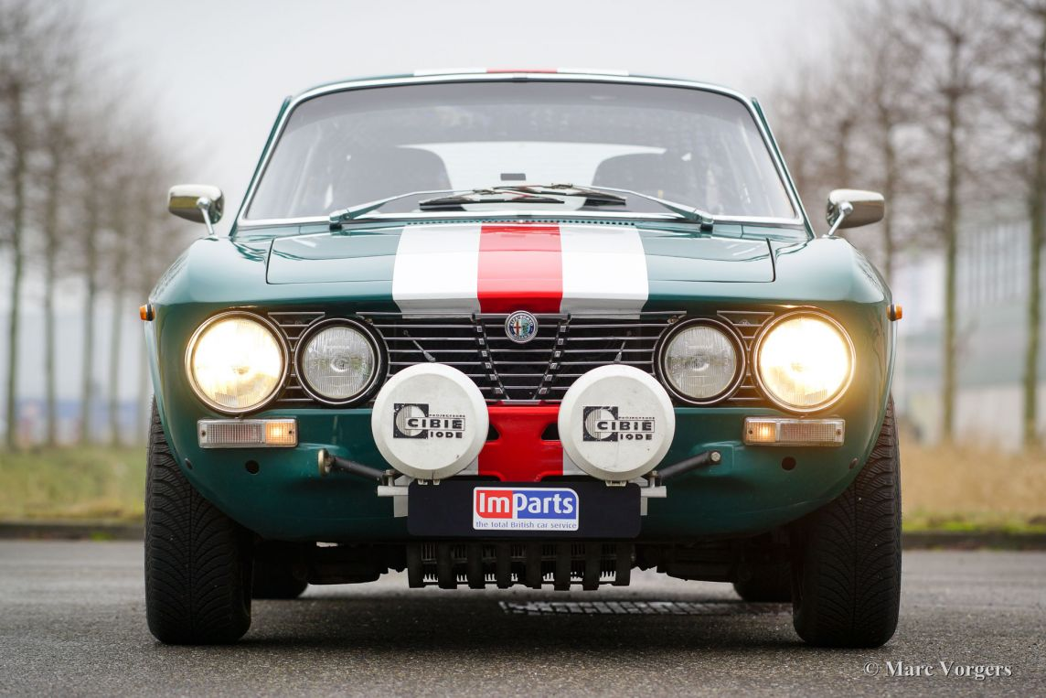 Alfa Romeo Giulia 2000 Gtv 1971 Welcome To Classicargarage Modifications