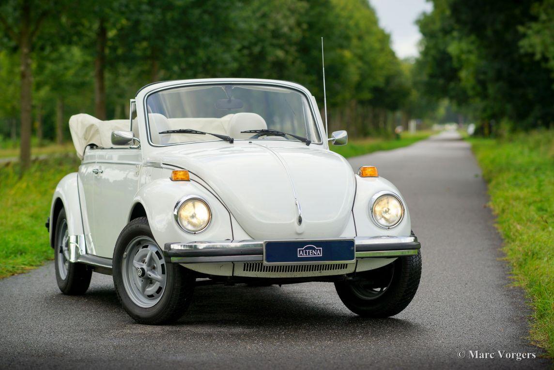 volkswagen beetle  cabriolet    classicargarage