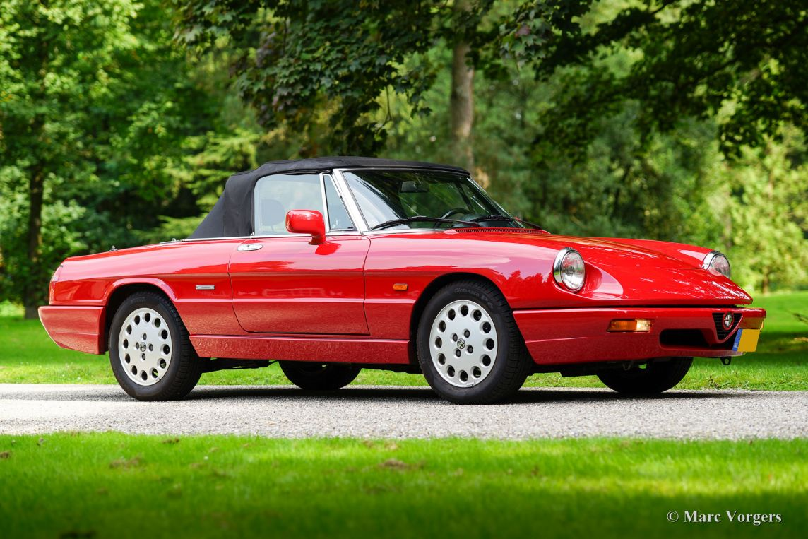 alfa romeo spider 2 0 type 4 1992 welcome to classicargarage. Black Bedroom Furniture Sets. Home Design Ideas