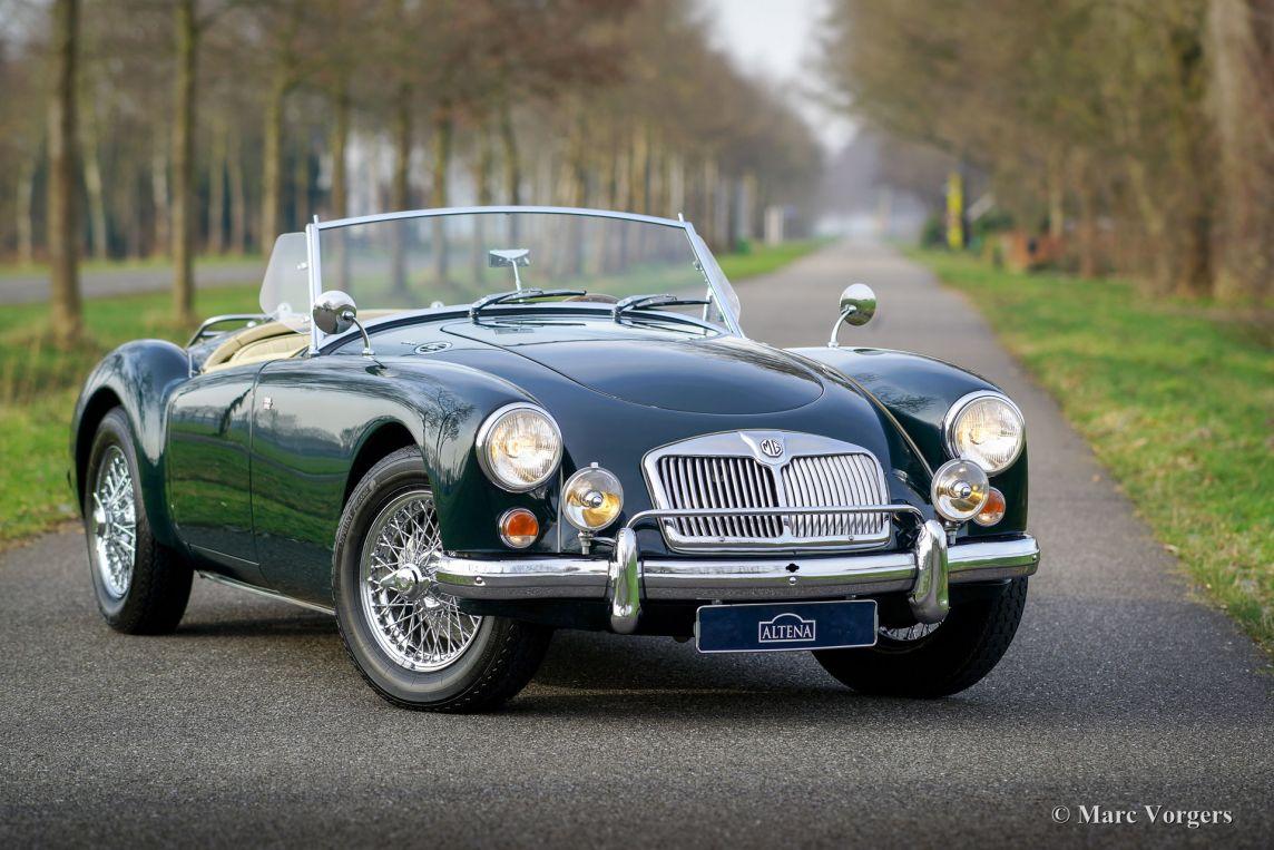Classic Cars Green Mga
