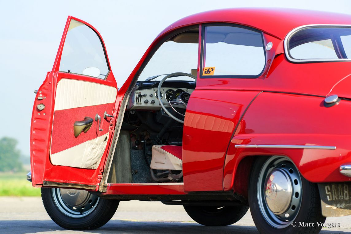 Saab 96 1964 welcome to classicargarage for Garage saab lyon