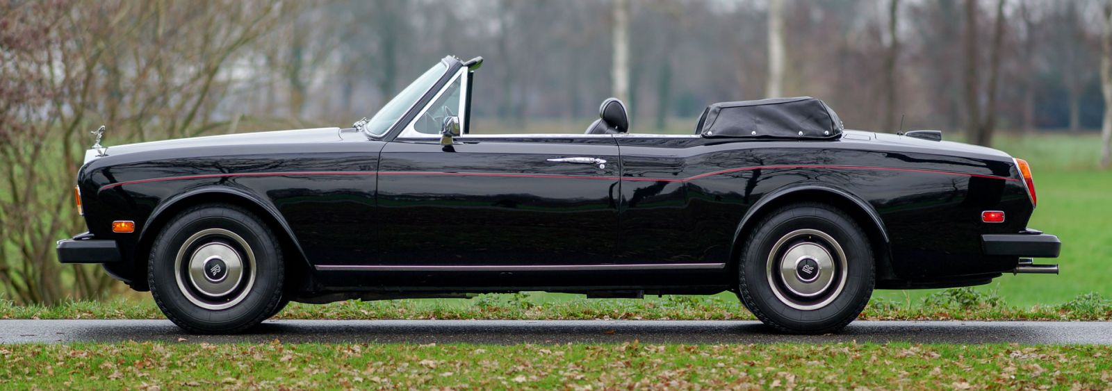Rolls Royce Corniche Convertible 1981 Welcome To Classicargarage