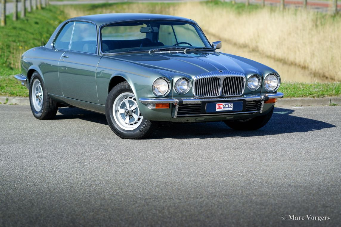 jaguar xj6 4 2 litre coupe 1975 welcome to classicargarage. Black Bedroom Furniture Sets. Home Design Ideas