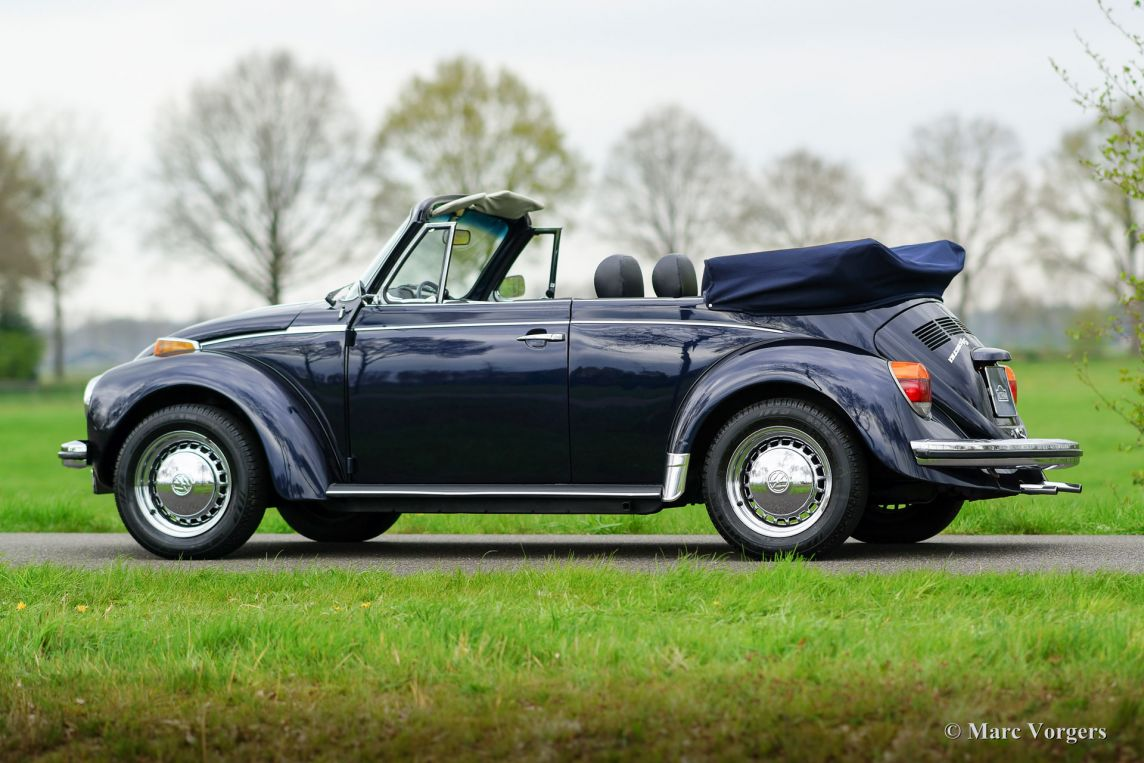 volkswagen beetle 1303 ls cabriolet 1973 welcome to classicargarage. Black Bedroom Furniture Sets. Home Design Ideas