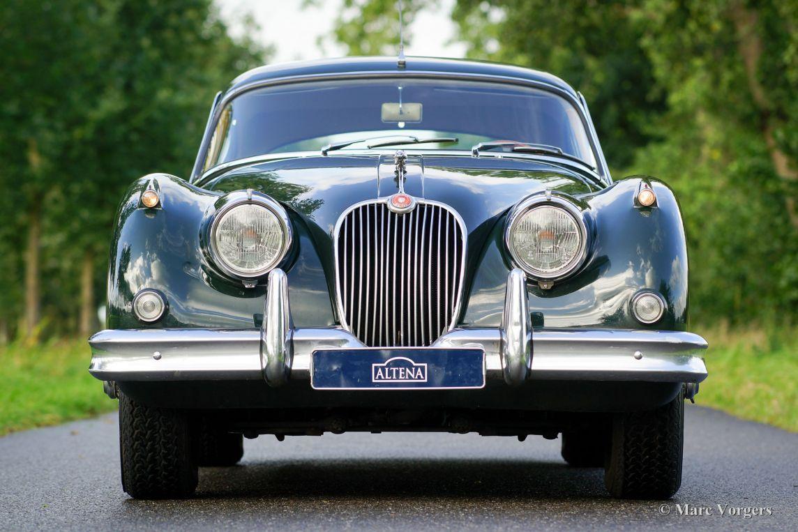 jaguar xk 150 3 8 litre fhc 1961 welcome to classicargarage. Black Bedroom Furniture Sets. Home Design Ideas