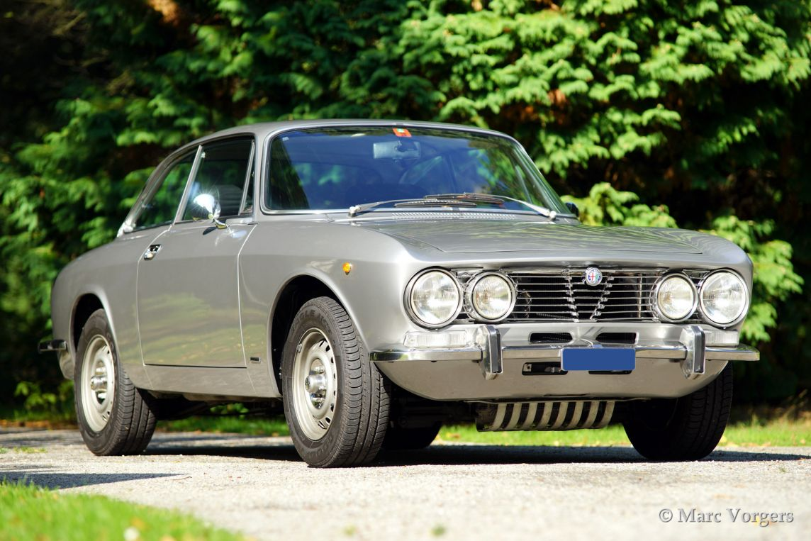alfa romeo 2000 gtv 1973 welcome to classicargarage. Black Bedroom Furniture Sets. Home Design Ideas
