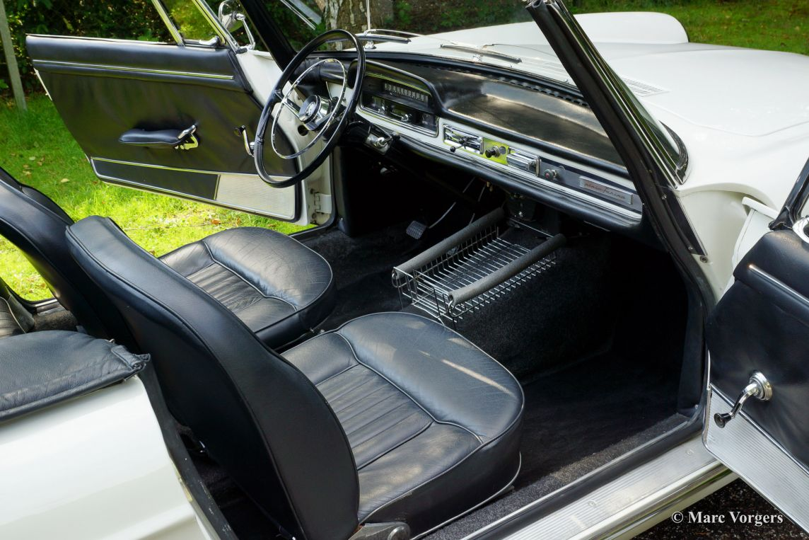 Peugeot 404 cabriolet 1966 welcome to classicargarage for Interieur 404