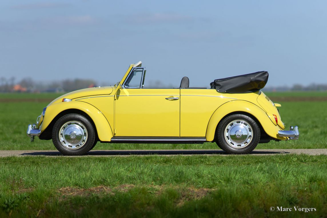 volkswagen beetle cabriolet 1971 welcome to classicargarage. Black Bedroom Furniture Sets. Home Design Ideas