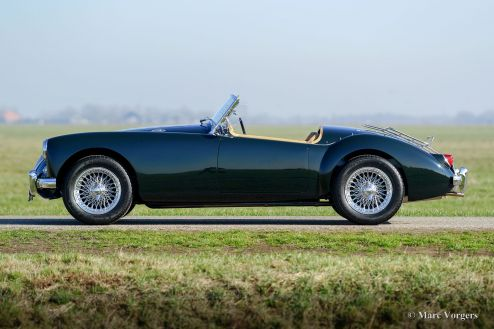 MG MGA 1500 roadster, 1956