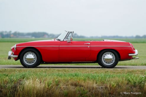 MG MGB roadster, 1964