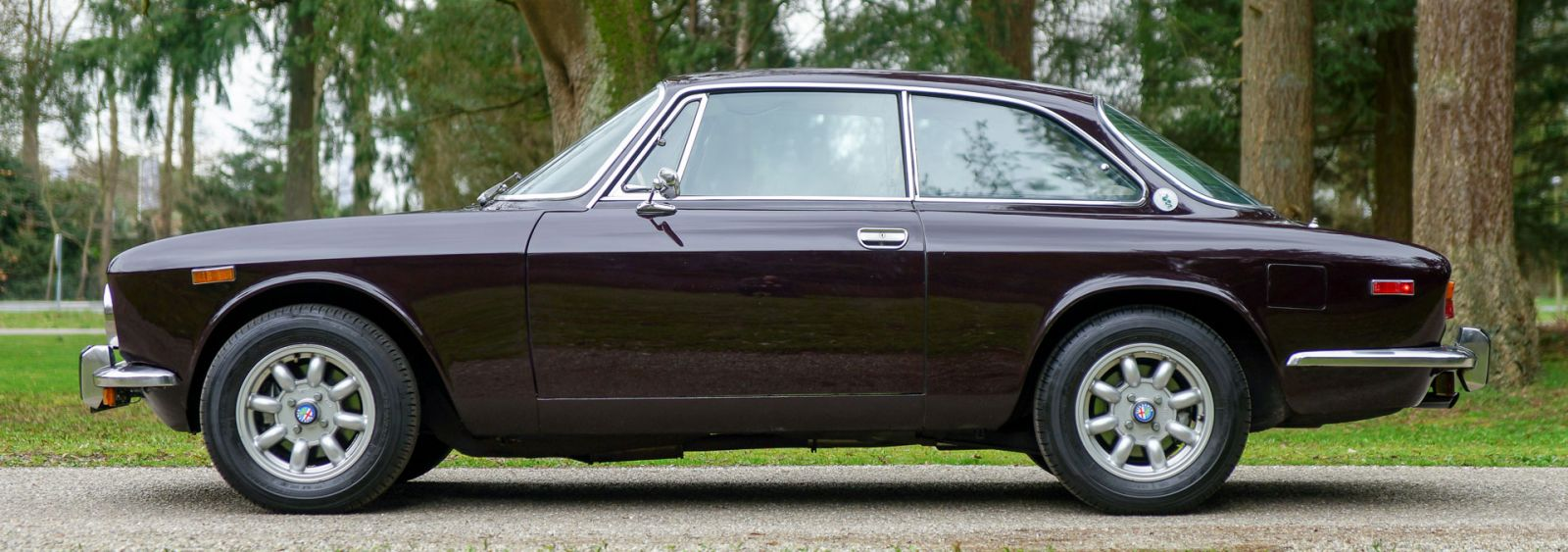 Alfa Romeo Giulia 2000 GTV, 1975 - Welcome to ClassiCarGarage