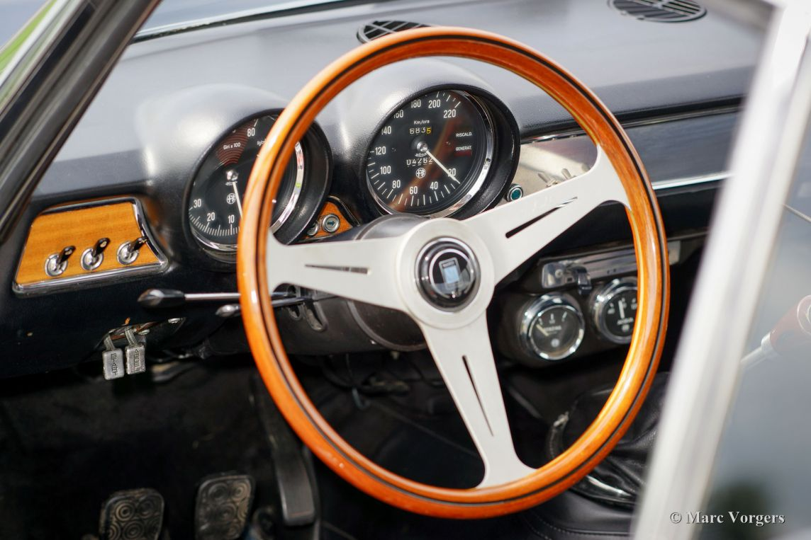 Alfa Romeo Gt 1300 Junior 1969 Welcome To Classicargarage