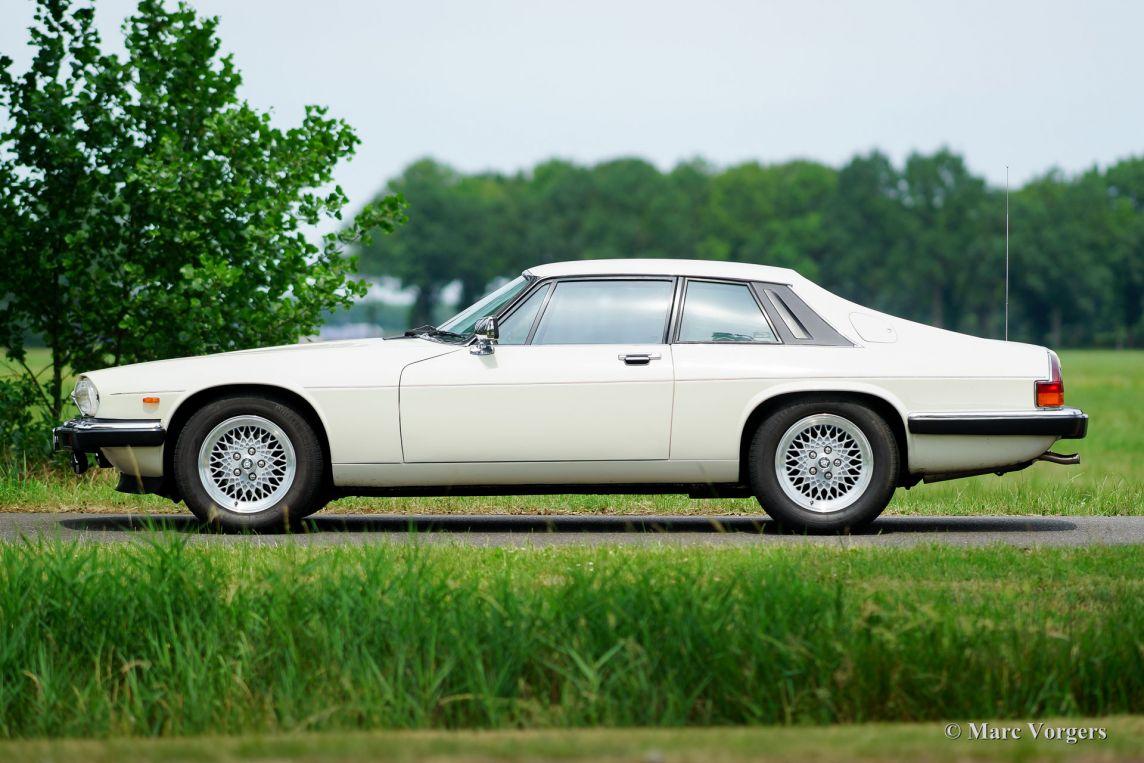 jaguar xj s v12 coupe 1987 welcome to classicargarage. Black Bedroom Furniture Sets. Home Design Ideas