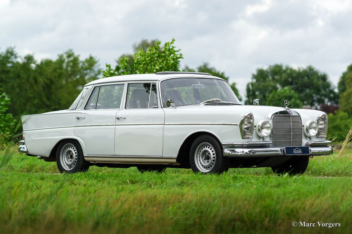 Mercedes-Benz 300 SE rally, 1962 - Welcome to ClassiCarGarage