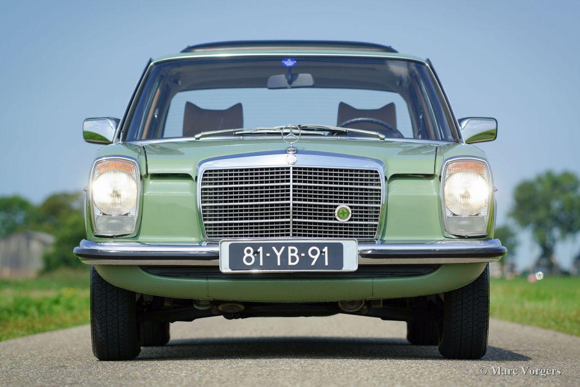 Mercedes benz 220 d 1974 welcome to classicargarage for Garage mercedes 93 bondy