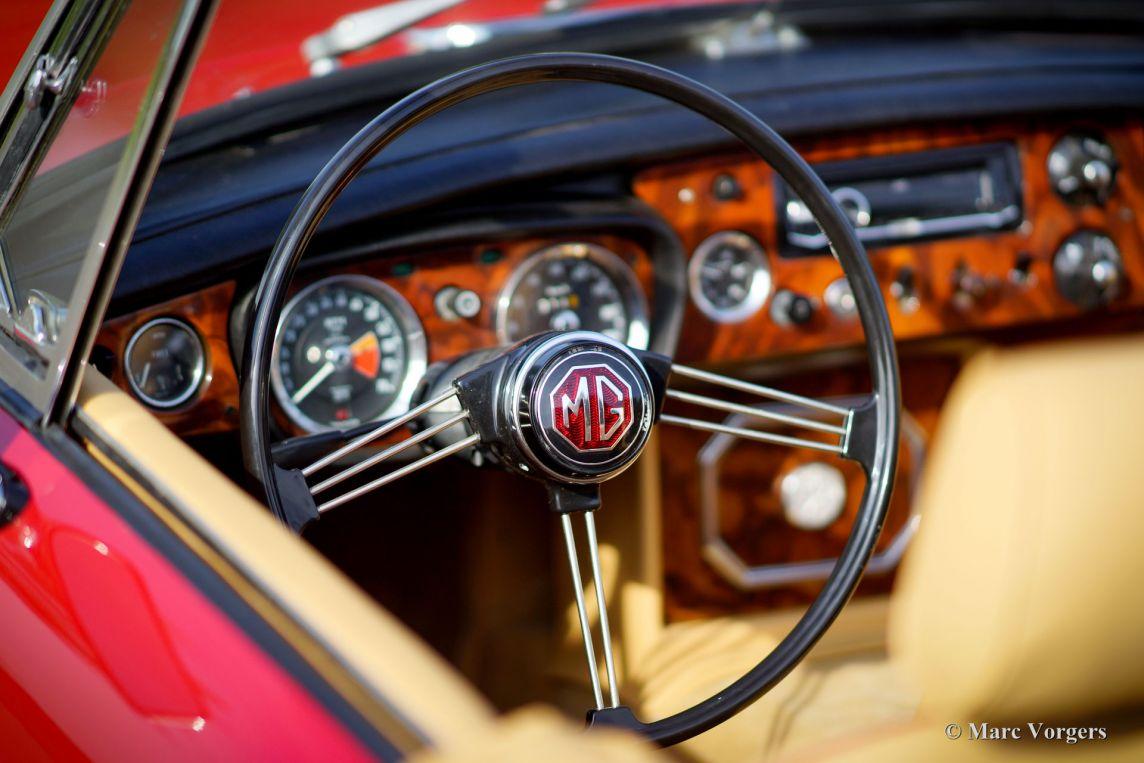 Mg Mgb Roadster 1970 Welcome To Classicargarage British Leyland Radio Wiring