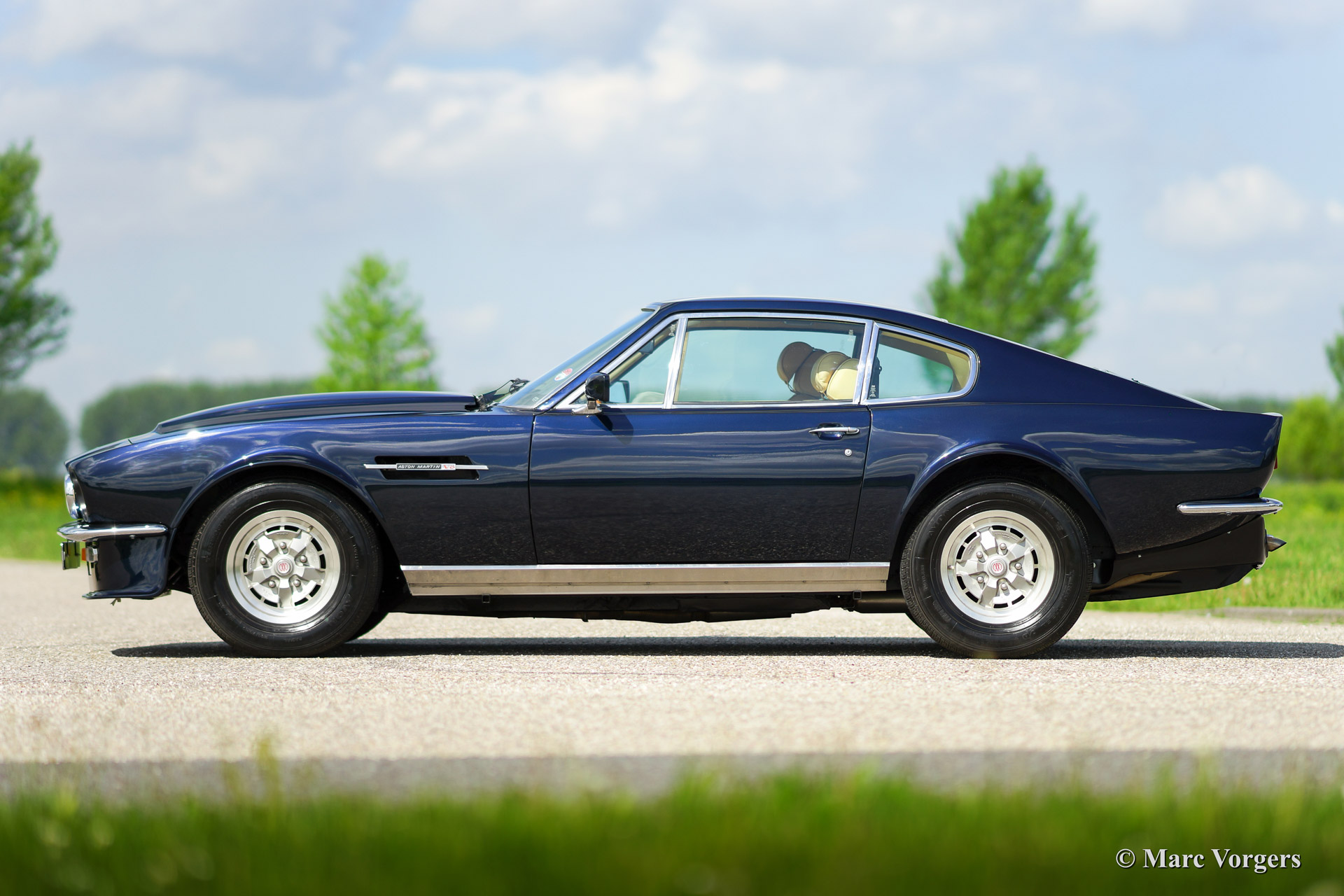 Aston Martin V8 1980 Welcome To Classicargarage